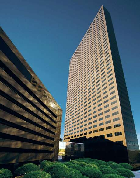 Marathon Oil Tower at 5555 San Felipe is  41 stories tall and and contains 1.2 million square feet. Photo: Hanover Real Estate Partners