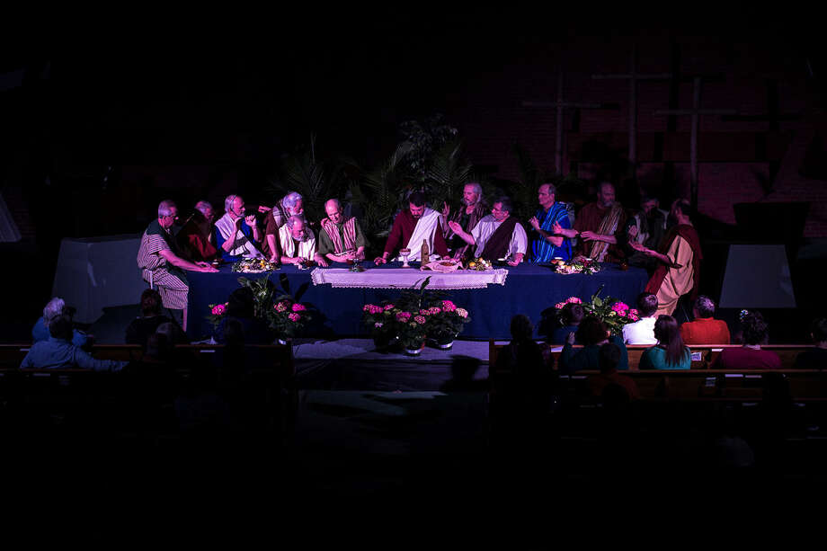Trinity Lutheran Church presents its rendition of the Living Last Supper on Thursday. Photo: Erin Kirkland | Midland Daily News