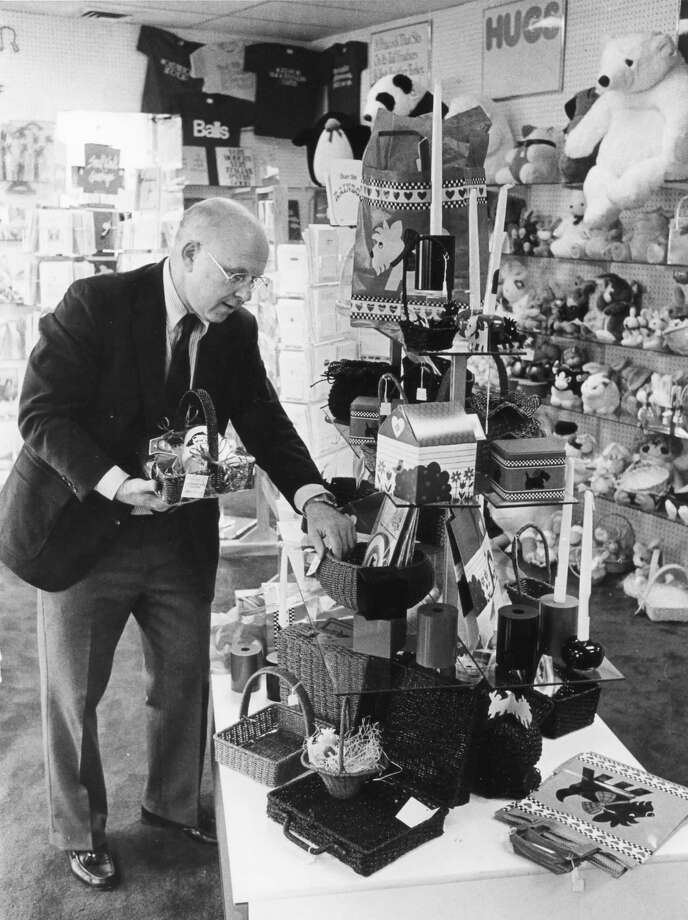 Jack McCandless at his newest business, Paper Plus, 712 Cambridge. This photo was published in the Daily News on March 2, 1985. Photo: Daily News File Photo, Please Credit