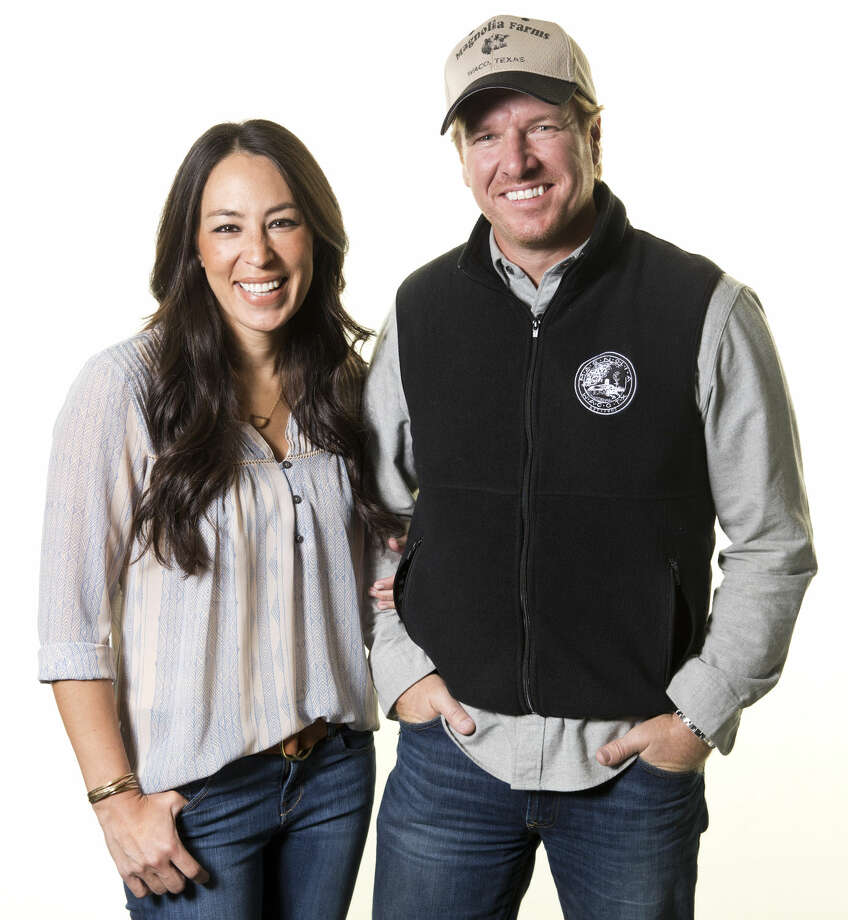 "In this March 29, 2016 photo, Joanna Gaines, left, and Chip Gaines pose for a portrait in New York to promote their home improvement show, ""Fixer Upper,"" on HGTV. (Photo by Brian Ach/Invision/AP) Photo: Brian Ach"