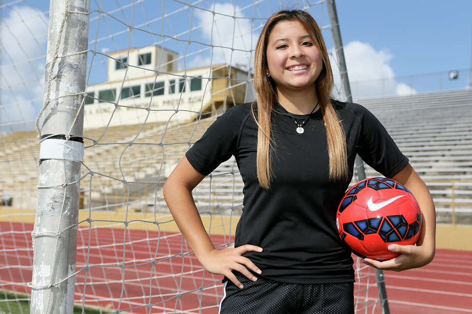 "McCollum girls soccer player Naucalli Mendoza at Harlandale Memorial Stadium on Friday, July 1, 2016.  Mendoza will appear in Nickelodeon's ""Soccer Superstar,"" a reality TV show and is supposed to be featured in the first episode, which is scheduled to air on July 15.  MARVIN PFEIFFER/ mpfeiffer@express-news.net Photo: Marvin Pfeiffer, Staff / San Antonio Express-News / Express-News 2016"
