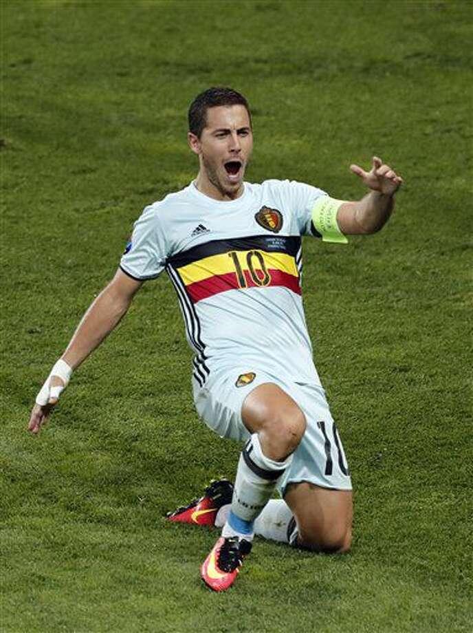 Eden Hazard tras marcar un gol en la victoria 4-0 de Bélgica ante Hungría por los octavos de final de la Eurocopa en Tolosa, Francia, el domingo 26 de junio de 2016. (AP Foto/Francois Mori) Photo: Francois Mori