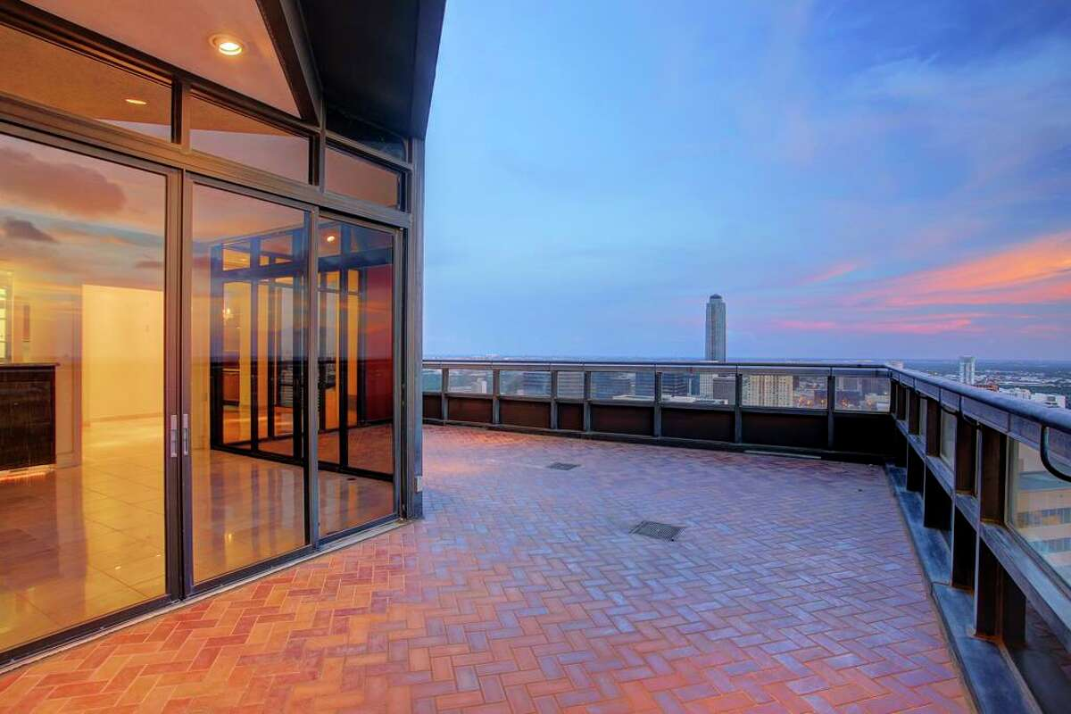 This 3-bedroom, 3.5-bathroom high-rise condominium is located at 5110 San Felipe St. in Houston, and lists for $1,695,000. Realtor: Mona Midani of John Daughtery, REALTORS.