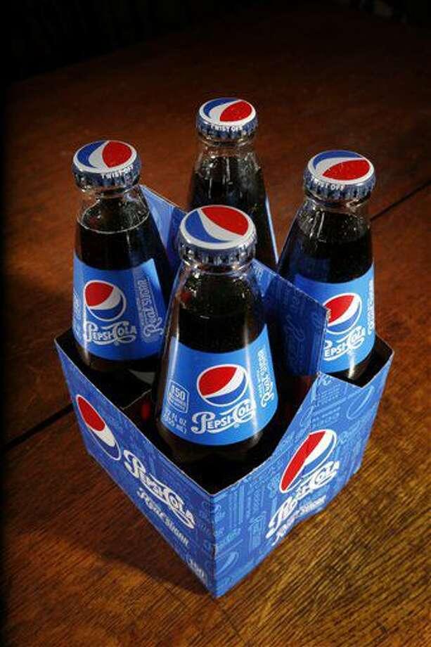 Un paquete de botellas de Pepsi-Cola. Foto tomada el 28 de abril del 2016 en Concord, Nuevo Hampshire. (AP Foto/Jim Cole) Photo: Jim Cole
