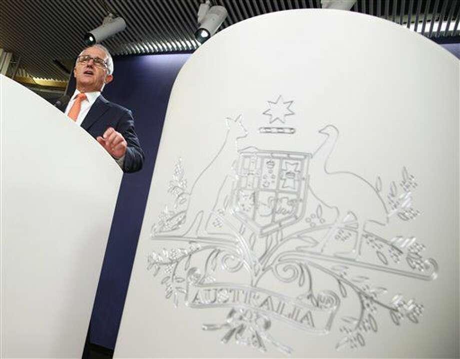 El primer ministro de Australia, Malcolm Turnbull, comparece ante la prensa en la sede del gobierno para reclamar la victoria en los comicios presidenciales en el país, el Sydney, el 10 de julio de 2016. (AP Foto/Rick Rycroft) Photo: Rick Rycroft