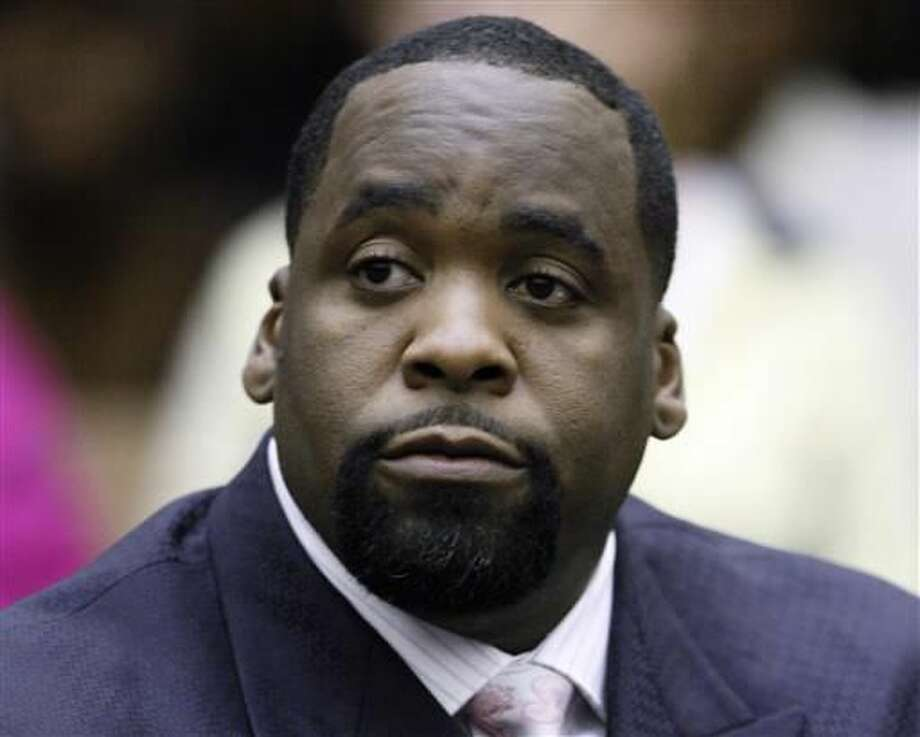 In this May 25, 2010 file photo, former Detroit Mayor Kwame Kilpatrick sits in a Detroit courtroom. On Monday June 27, 2016 the U.S. Supreme Court declined a request by Kilpatrick to overturn his corruption conviction and 28-year prison sentence. (AP Photo/Paul Sancya, File)