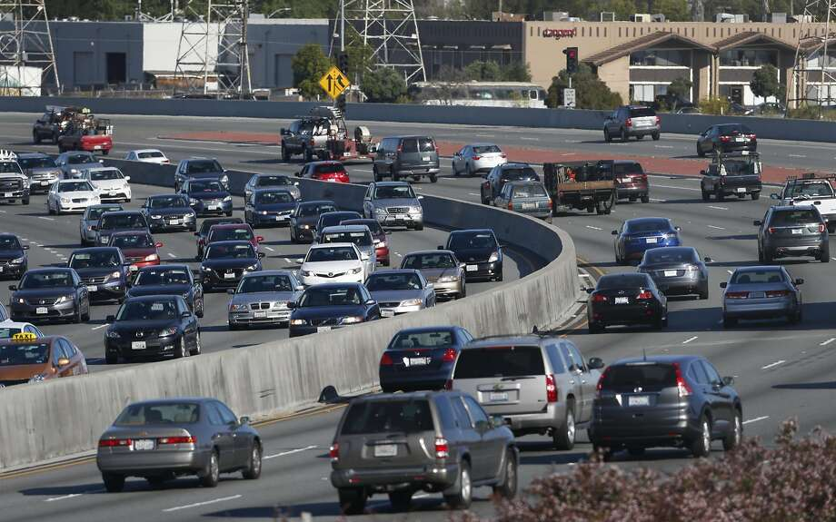 Morning commute traffic is backed up in both directions of Highway 101 near Peninsula Avenue in San Mateo, Calif. on Wednesday, July 13, 2016. Regional transit officials have gathered the necessary funding to begin work on a express lane project on the Bayshore Freeway through San Mateo County. Photo: Paul Chinn, The Chronicle