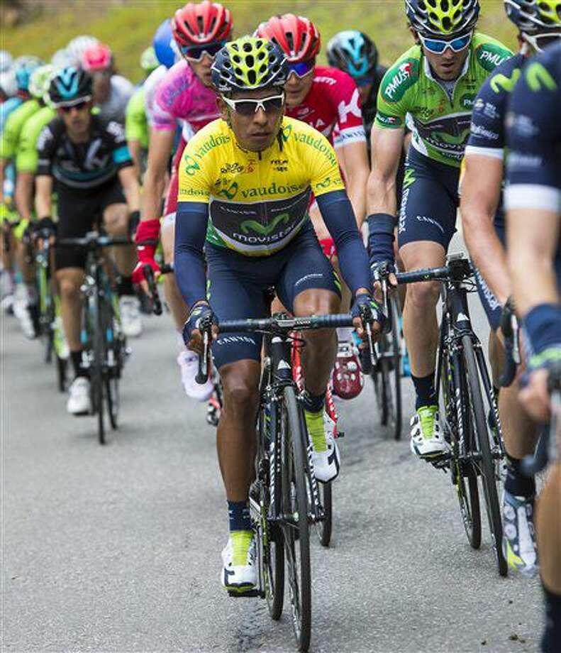 En esta foto de archivo del 30 de abril de 2016, el ciclista colombiano Nairo Quintana pedalea en el Tour de Romandía en Suiza. (Jean-Christophe Bott/Keystone via AP, FILE) Photo: Jean-Christophe Bott
