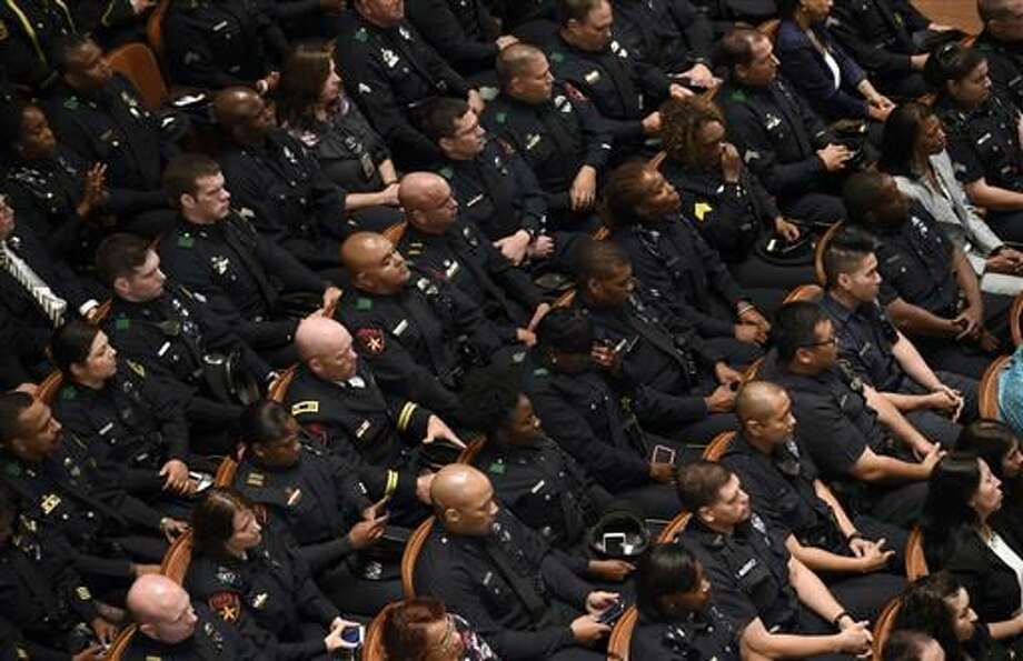 Many in law enforcement feel frayed relationship with Obama