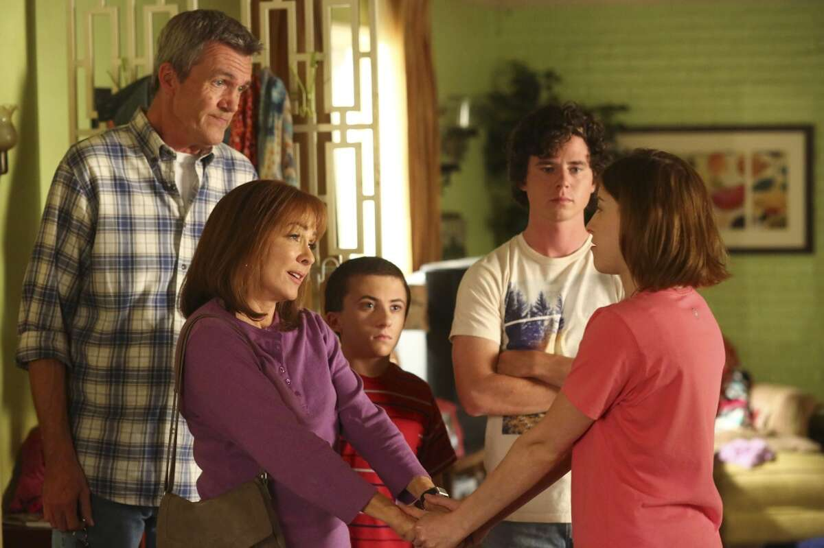 THE MIDDLE - TV's most underrated show. There, I've said it. Flying under the radar and getting renewed year after year. It does everything right. Why, Emmys, why do you keep ignoring it?