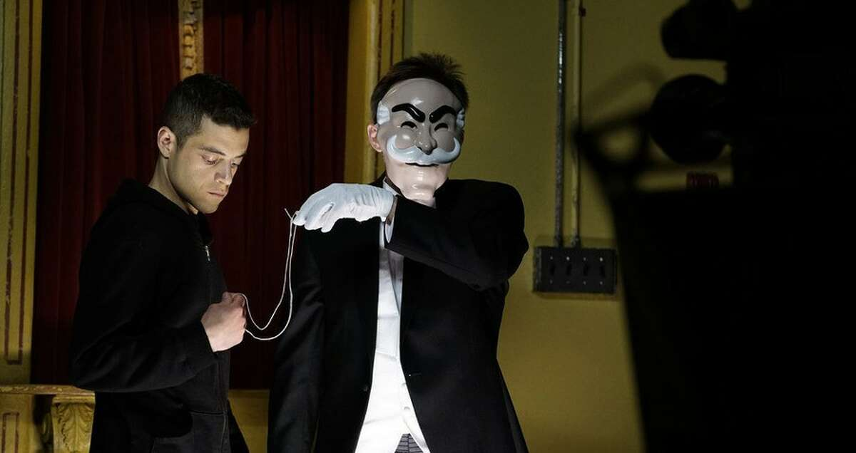 MR. ROBOT - One of Summer 2015's most pleasant surprises. How did TV's most complicated and engrossing, modern and topical dramas end up on USA Network?
