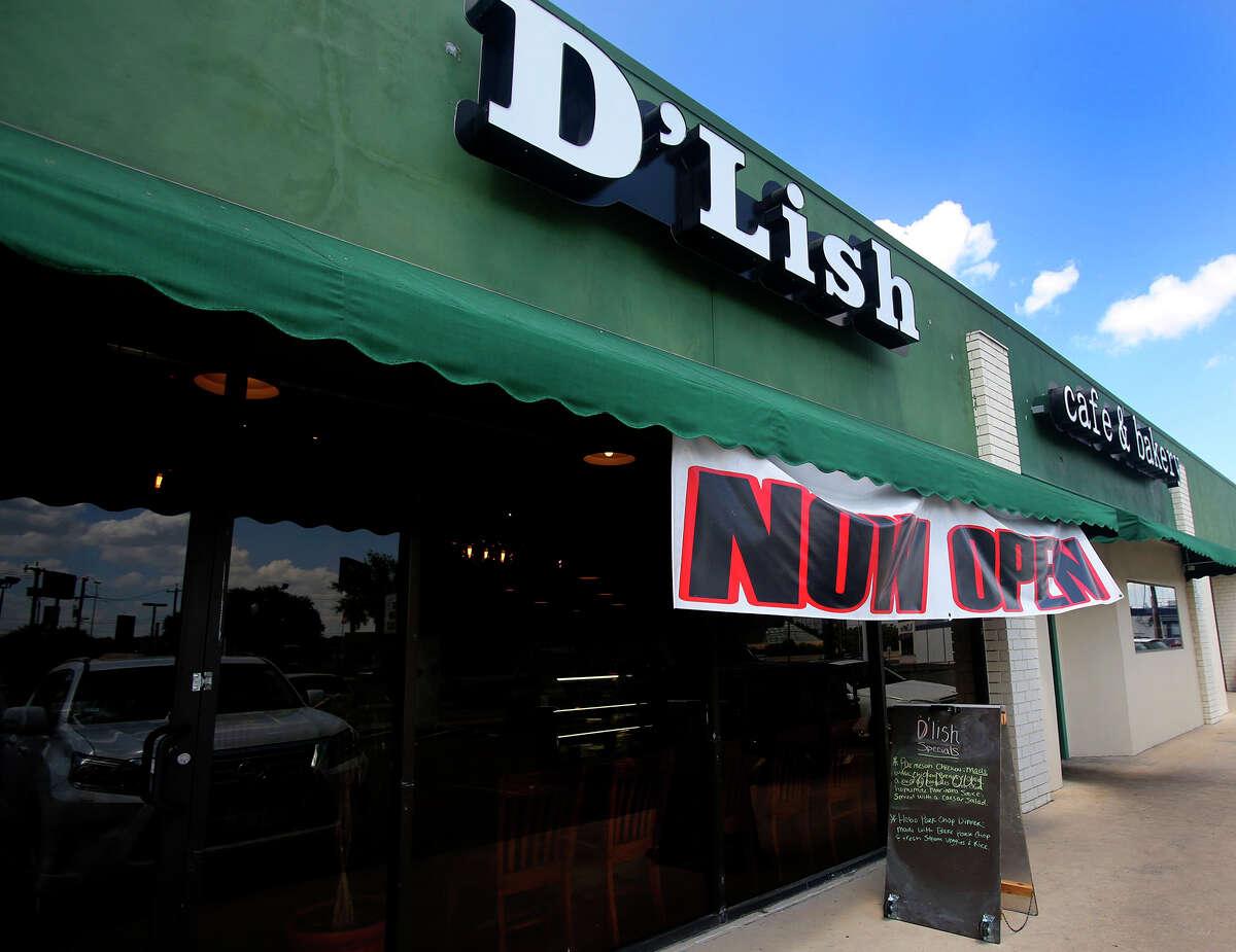D'lish Cafe & Bakery: 2611 Wagon Wheel St., San Antonio, Texas 78217Date: 10/27/2016 Score: 75Highlights: Ice machine was