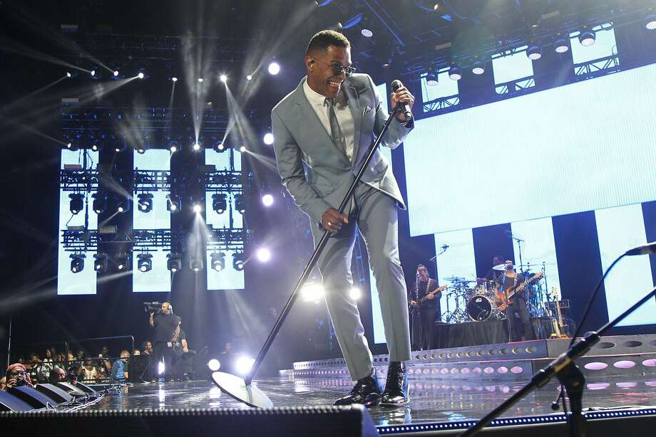 Maxwell is on the road with Mary J. Blige in the King and Queen of Hearts tour. Photo: Bennett Raglin, Getty Images For 2016 Essence Fe