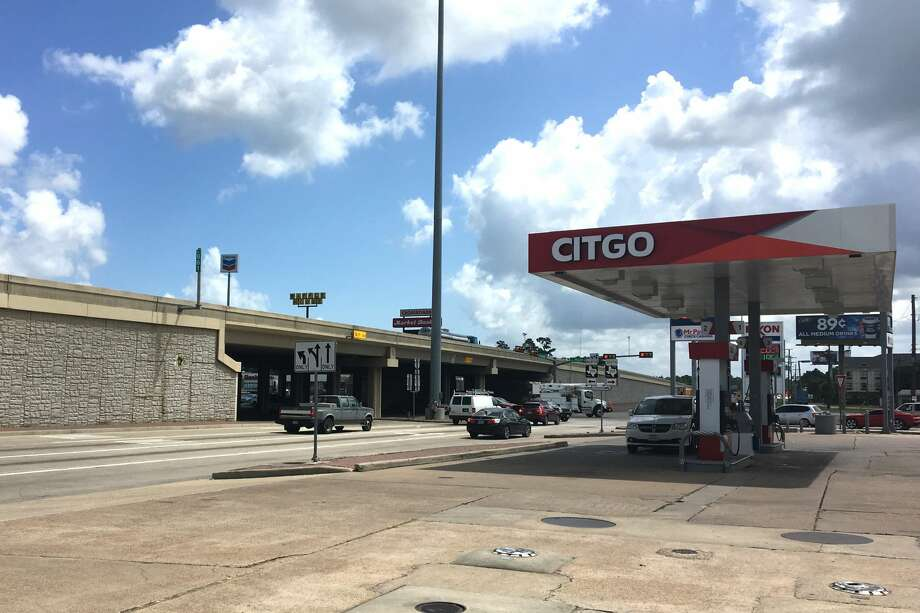 A woman suffered from first- and second-degree burns to her face, chest and arms after attempting to change her radiator fluid at a Citgo gas station in Vidor on Thursday, July 14. Photo: Sara E. Flores