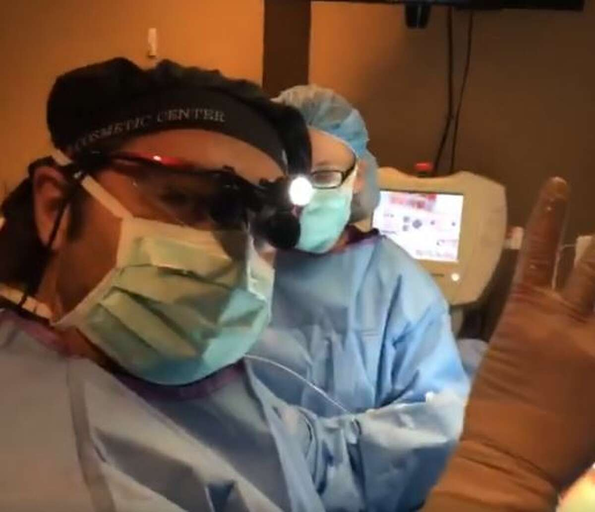 San Antonio's Dr. Thomas Jeneby is getting attention from clients for his practice of broadcasting surgeries on Facebook Live and Snapchat.