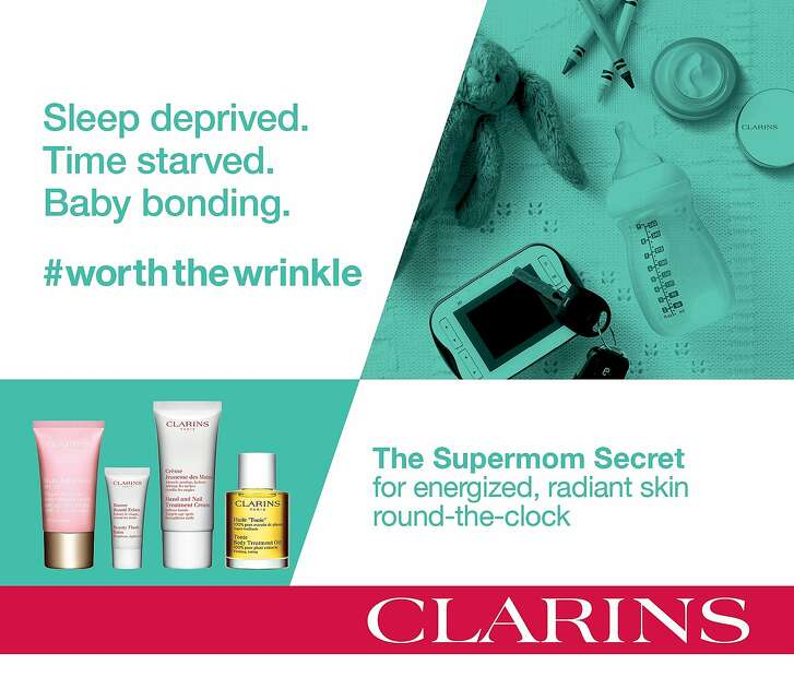 The Clarins #worththewrinkle hashtag campaign emphasizes authenticity in women's lives.