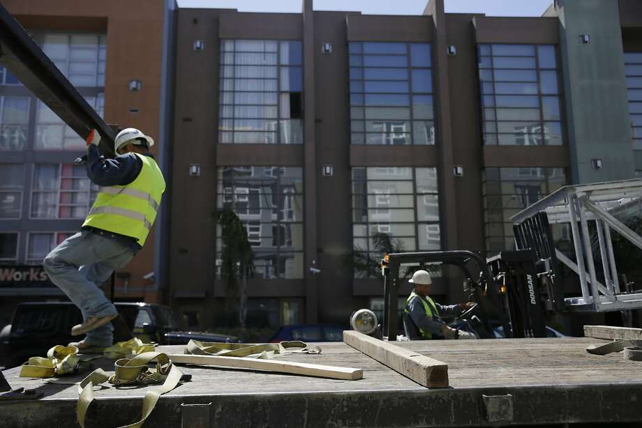 Lots of construction has been taking place this year in San Francisco, and many new condominiums have been sold. Photo: Lea Suzuki, The Chronicle
