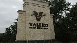 . Valero Energy announced Monday it would not buy two storage and distribution terminals owned by Houston-based Plains All American Pipeline in California.