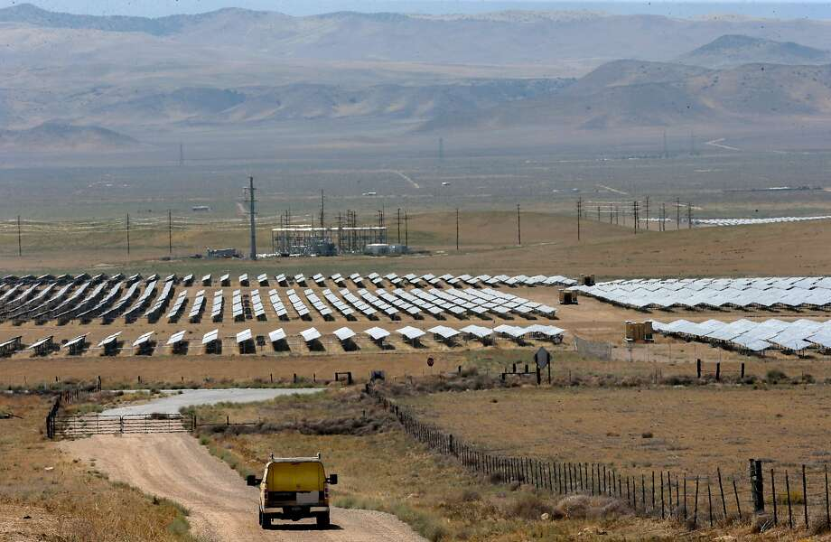A view of some of the 749,088 solar panels at the California Valley Solar Farm near Santa Margarita, Calif., in San Luis Obispo County, on Fri. August 28, 2015. Photo: Michael Macor, The Chronicle