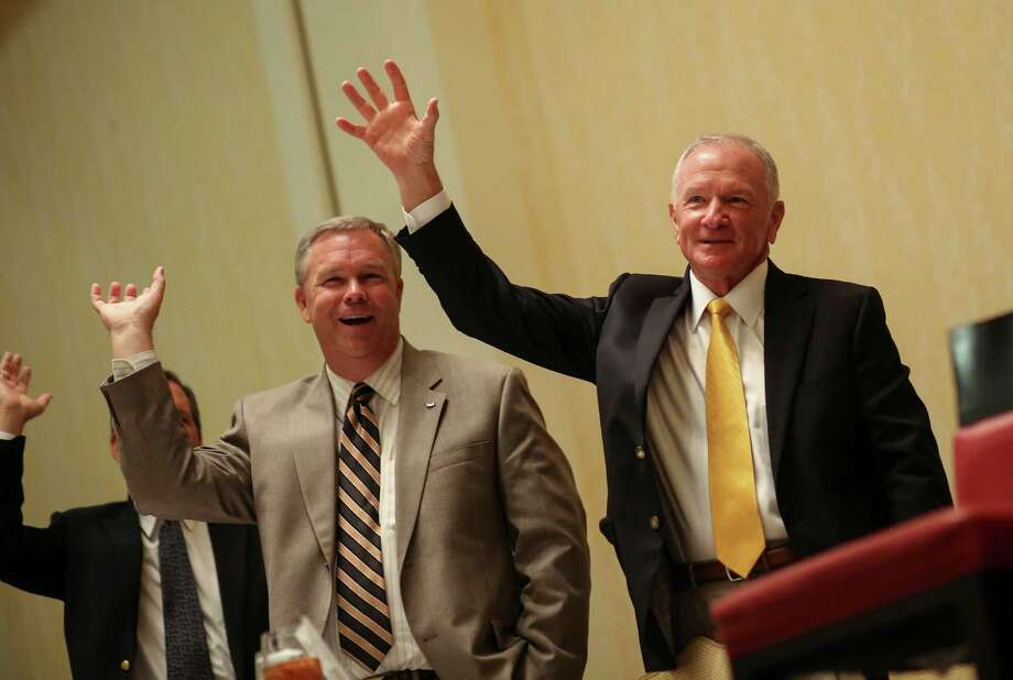 """Baylor new head football coach Jim Grobe (far right) sings the alma mater — """"That Good Old Bayor Line"""" — before speaking to the the Touchdown Club on Thursday, July 14, 2016, in Houston. Photo: Elizabeth Conley /Houston Chronicle / © 2016 Houston Chronicle"""