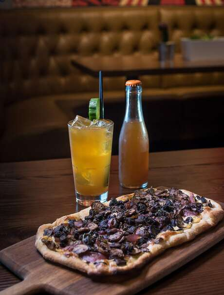 Mushroom Flatbread with the Lob No. 1 cocktail at Spin in S.F. Photo: John Storey, Special To The Chronicle