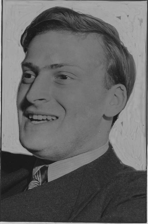 Yehudi Menuhin in 1941 photo.