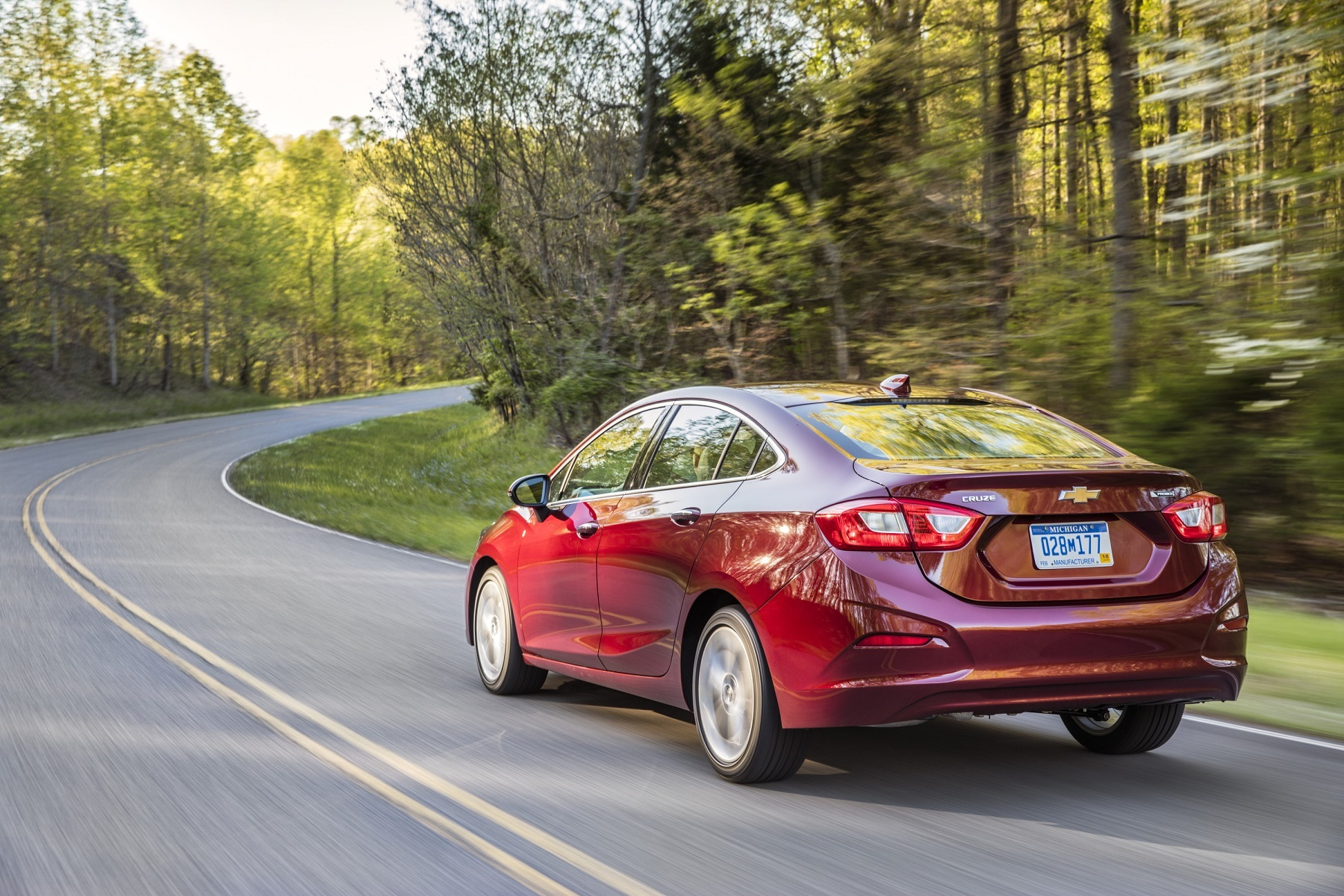 2016 Chevy Cruze makes big leaps in power, appeal
