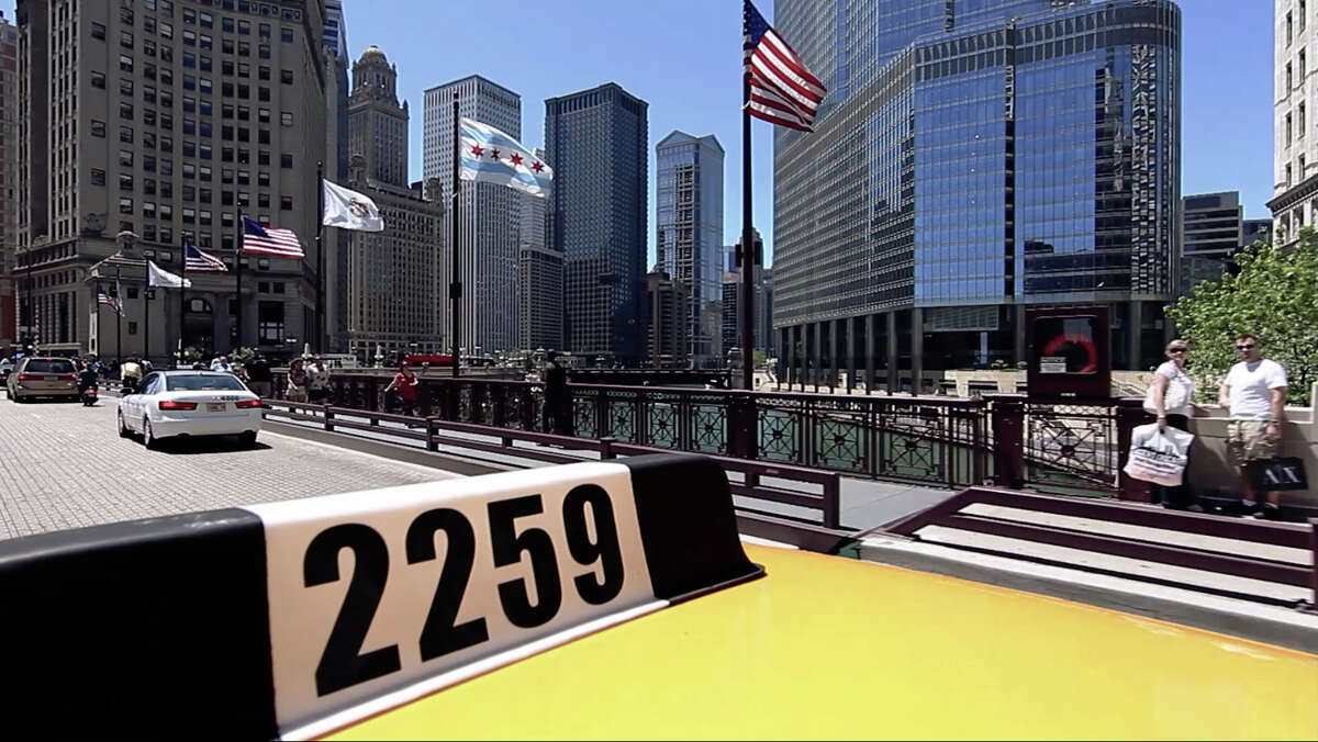 The life of an Iraqi immigrant who works as a cab driver in Chicago is the subject of