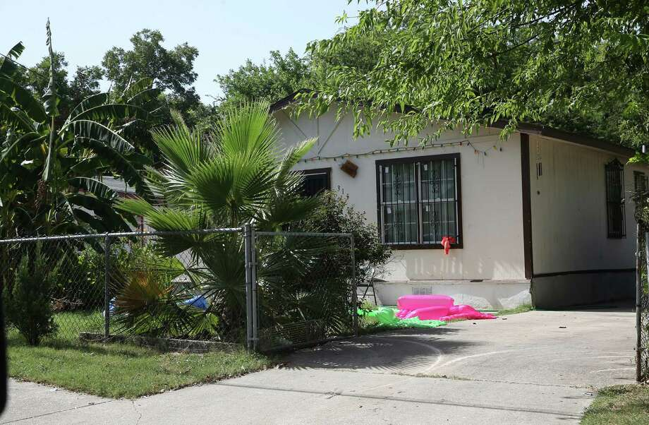 """Marciano """"Chano"""" Millan Vasquez was arrested at this house at 315 Jesse in San Antonio in 2015. Authorities say he was living there under an assumed name. Photo: STAFF /SAN ANTONIO EXPRESS-NEWS / 2016 SAN ANTONIO EXPRESS-NEWS"""
