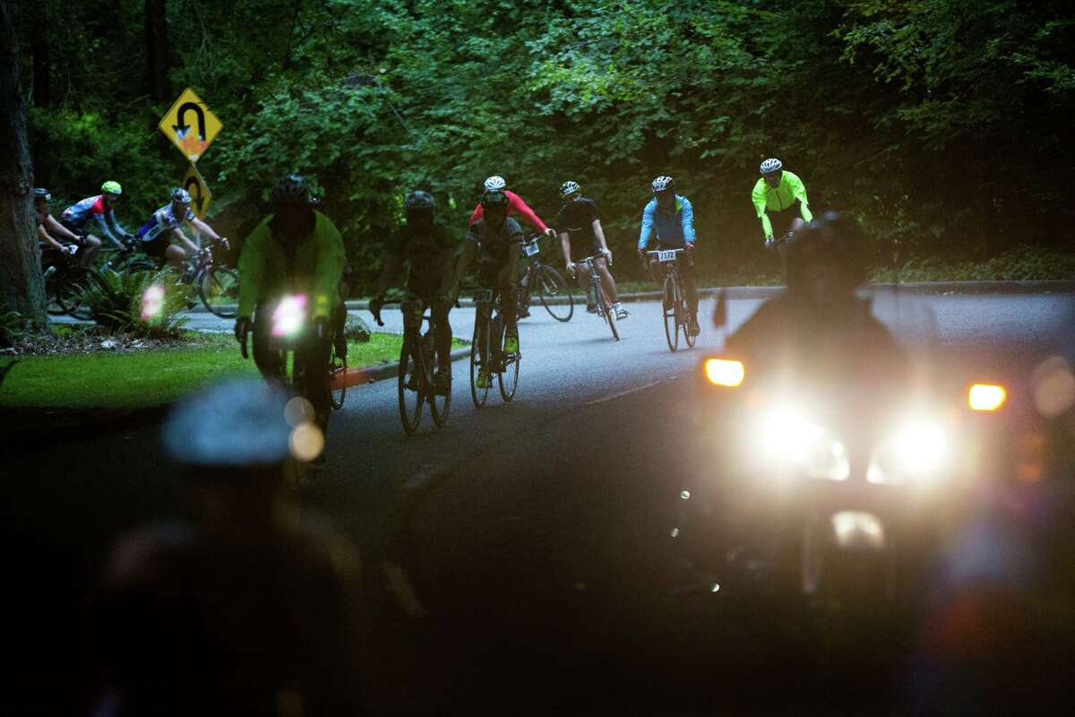 Seattle to Portland cyclists navigate curves in Lakeview Park.