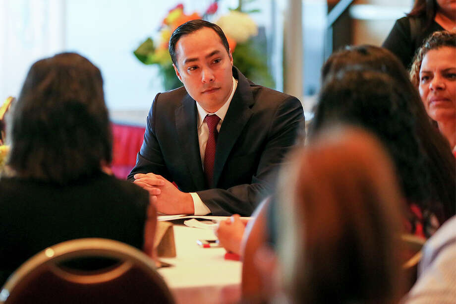 Congressman Joaquin Castro listens to concerns from participants at UIW's Latina Researchers Conference before giving the keynote address in the McCombs Center Rosenberg Sky Room on Saturday, July 16, 2016.  Castro discussed topics that are important for underrepresented scholars to pursue in order to create positive change for Latino communities across the United States. MARVIN PFEIFFER/ mpfeiffer@express-news.net Photo: Marvin Pfeiffer, Staff / San Antonio Express-News / Express-News 2016