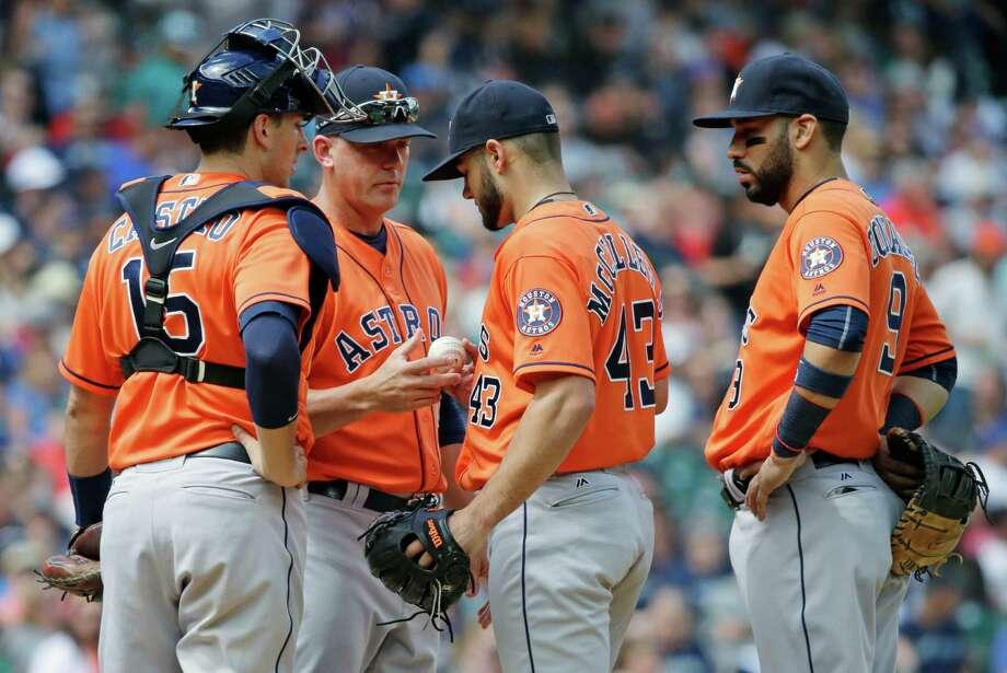 Astros AJ Hinch made lineup work despite missing pieces