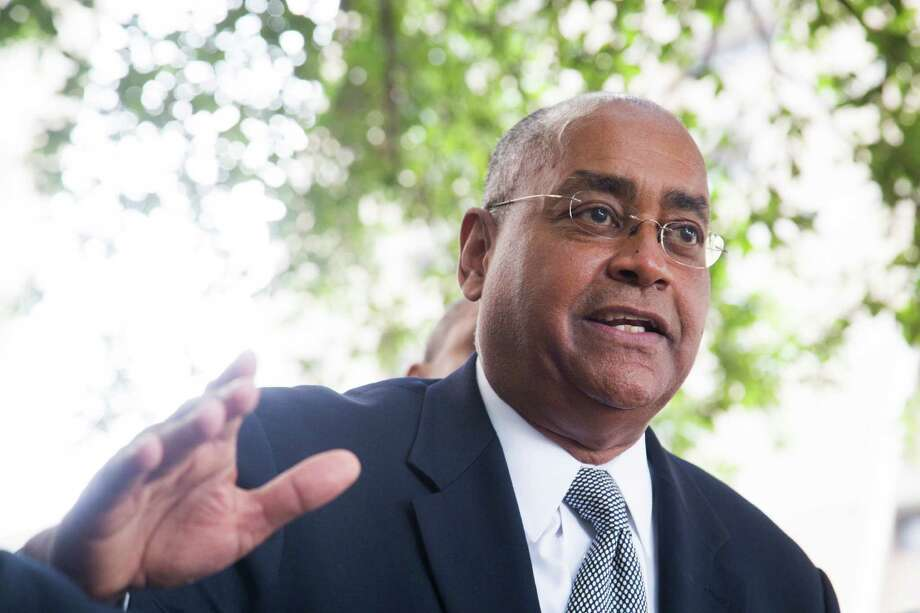 Senator Rodney Ellis (D-Houston) participates on a press conference regarding a class action lawsuit against Harris County's bail system. Senator Ellis joined the Texas Organizing Project on front of the Harris County 180th Criminal Court, Thursday, May 26, 2016, in Houston. ( Marie D. De Jesus / Houston Chronicle ) Photo: Marie D. De Jesus, Staff / © 2016 Houston Chronicle