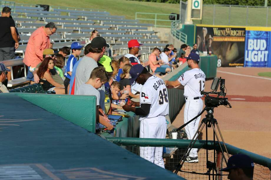 Fans watched the San Antonio Missions defeat the Midland RockHounds Saturday night, July 16, 2016, at Wolff Stadium and then stayed for a fireworks display. Photo: By Marco Garza, For MySA.com