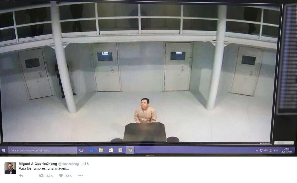 A government official from Mexico dispelled rumors with a photo of the twice-escaped drug lord in prison shortly after the rumors started trending on Twitter.