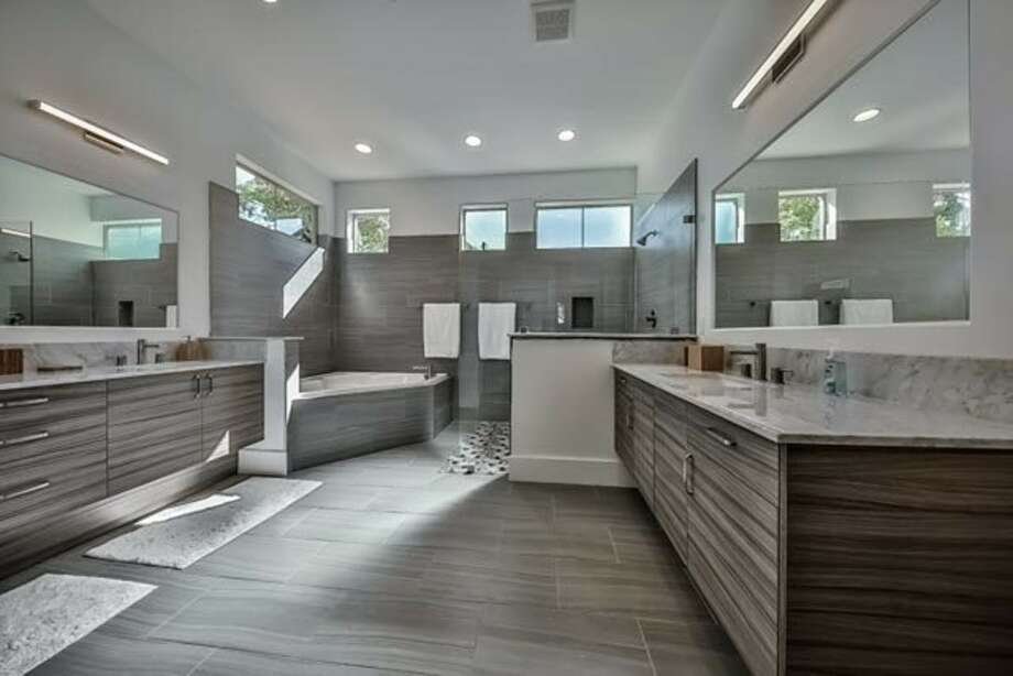 Ready to renovate your bathroom houston chronicle for Bathroom remodeling pearland tx