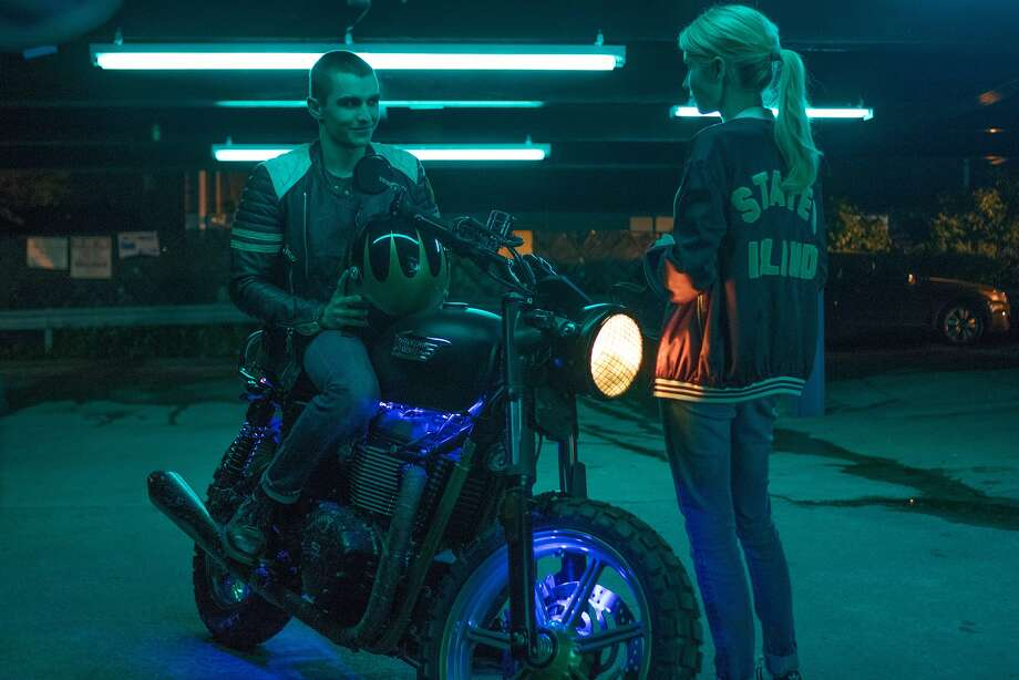 """Ian (Dave Franco) and Venus (Emma Roberts) are New Yorkers paired up by the audience of an Internet game and assigned more adventures in """"Nerve."""" Photo: Lionsgate"""