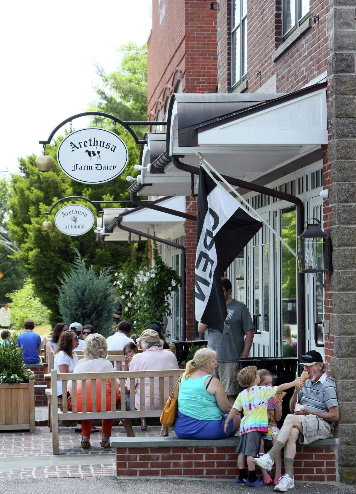OpenTable's Top 100 Restaurants Based on Diner Reviews Arethusa al Tavolo - Bantam, Connecticut Rating: 4.8 out of 5 stars (644 reviews) Cuisine:Contemporary American Price average: $31 - $50