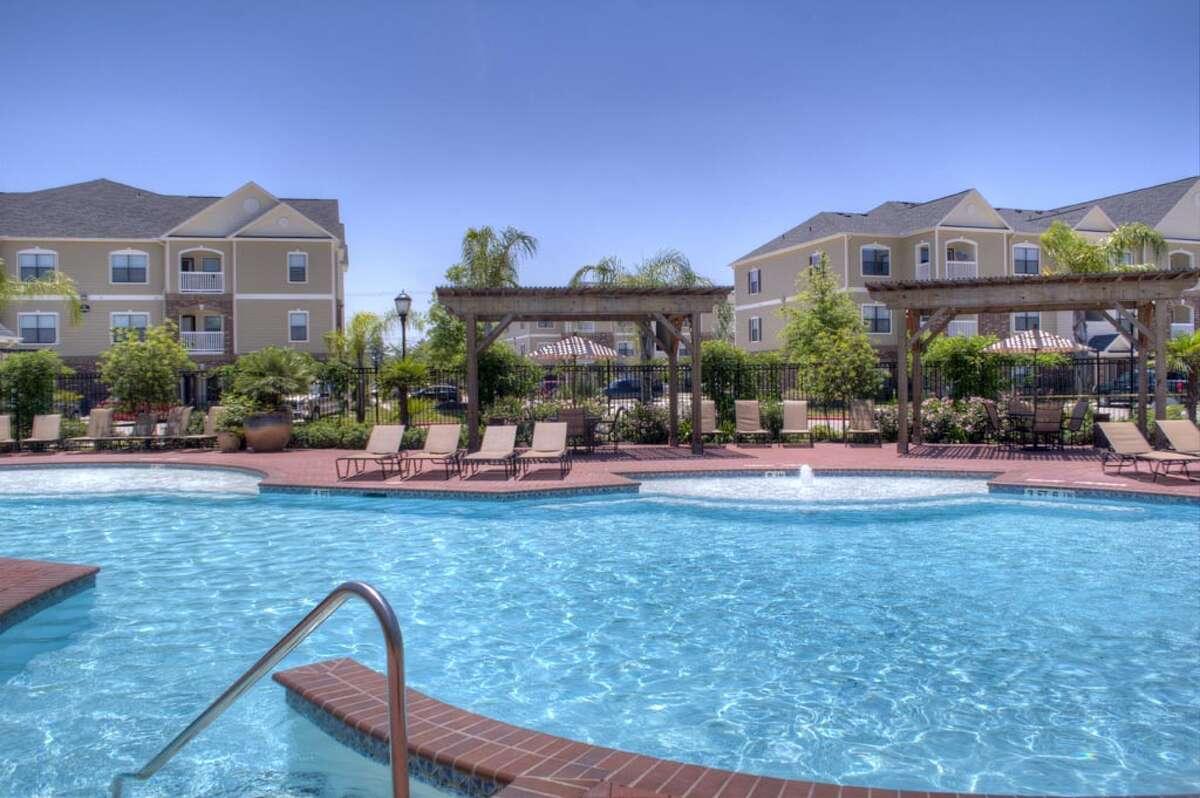 The Arium Fall Creek apartments at 7800 N. Sam Houston Parkway in north Houston. (Carroll Organization photo)