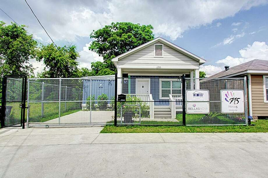 This Build-A-Box home is currently on the market. It offers a glimpse of how the upcoming Fifth Ward complex will look. Photo: NB Elite Realty/Houston Association Of Realtors