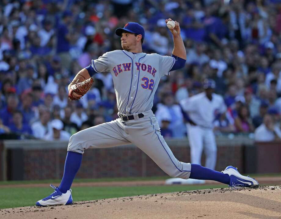 CHICAGO, IL - JULY 18:  Starting pitcher Steven Matz #32 of the New York Mets delivers the ball against the Chicago Cubs at Wrigley Field on July 16, 2016 in Chicago, Illinois.  (Photo by Jonathan Daniel/Getty Images) ORG XMIT: 607681879 Photo: Jonathan Daniel / 2016 Getty Images