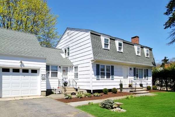 133 Alma Dr, Fairfield, CT 06824  