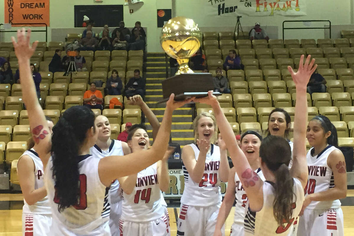 The Plainview girls basketball team advanced to the regional semifinals and finished with a 27-7 record.