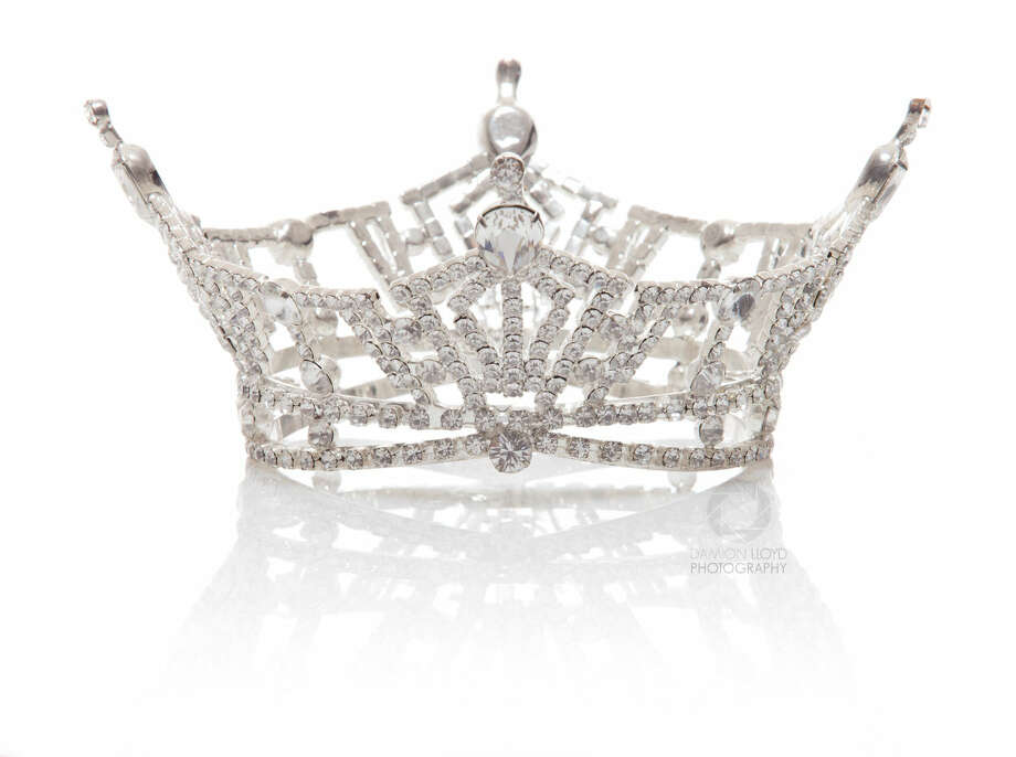 Miss California Crown & Tiara Product Photography Photo: Damion Lloyd
