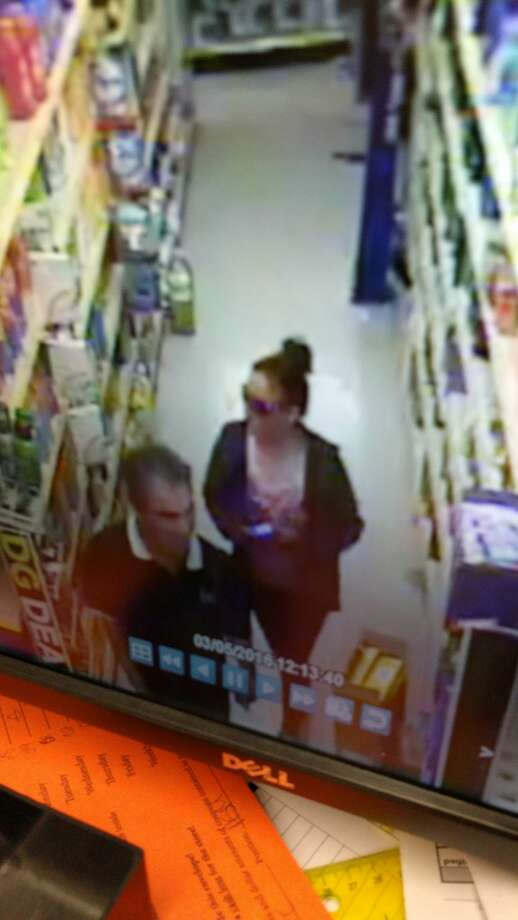 Plainview police are searching for two individuals involved in a wallet theft.
