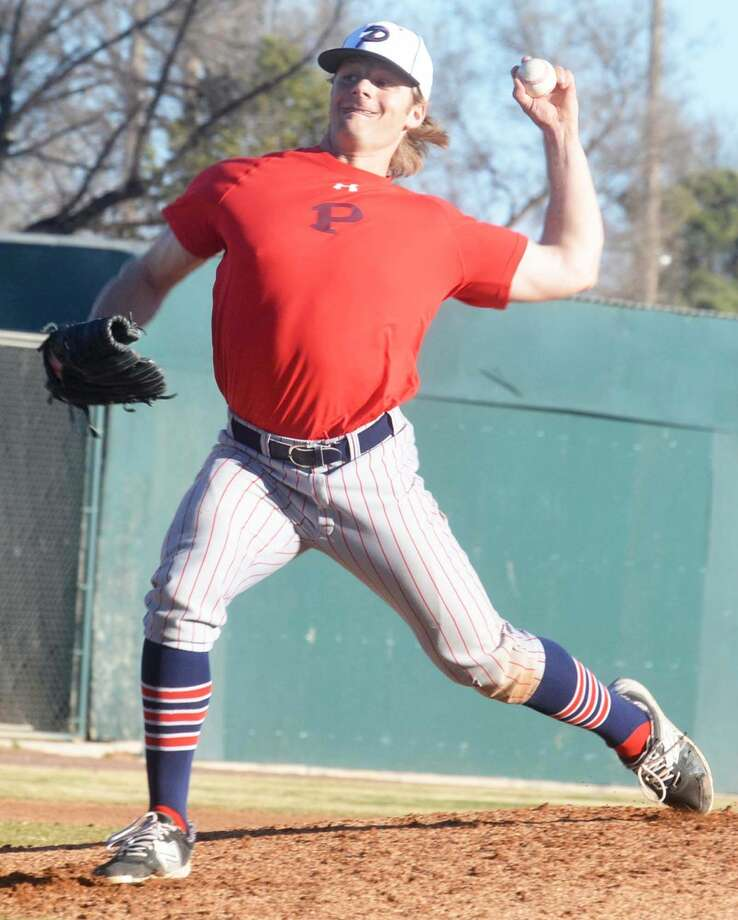 Plainview senior left-hander Ethan Earhart fired a no-hitter against El Paso Franklin at the First Bank Classic in Lubbock Thursday. The Bulldogs split a pair of games that day, including the 10-0 win over Franklin. Photo: Skip Leon/Plainview Herald