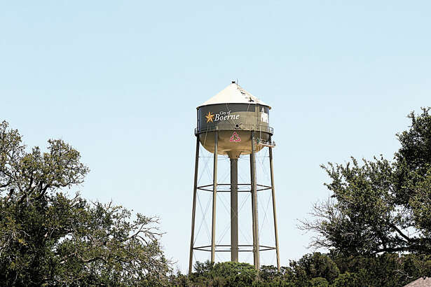 The Lookout Group has constructed Boerne's first reclaimed-water tank.