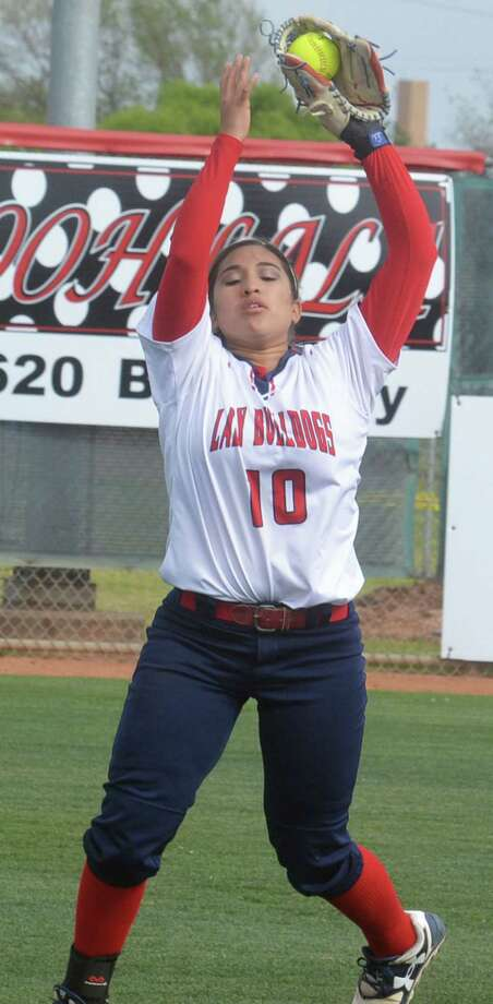 Plainview shortstop Lori Gonzalez catches a popup in a game earlier this season. Gonzalez had two hits and scored both Lady Bulldog runs in a loss at Lubbock High Tuesday.  Photo: Skip Leon/Plainview Herald