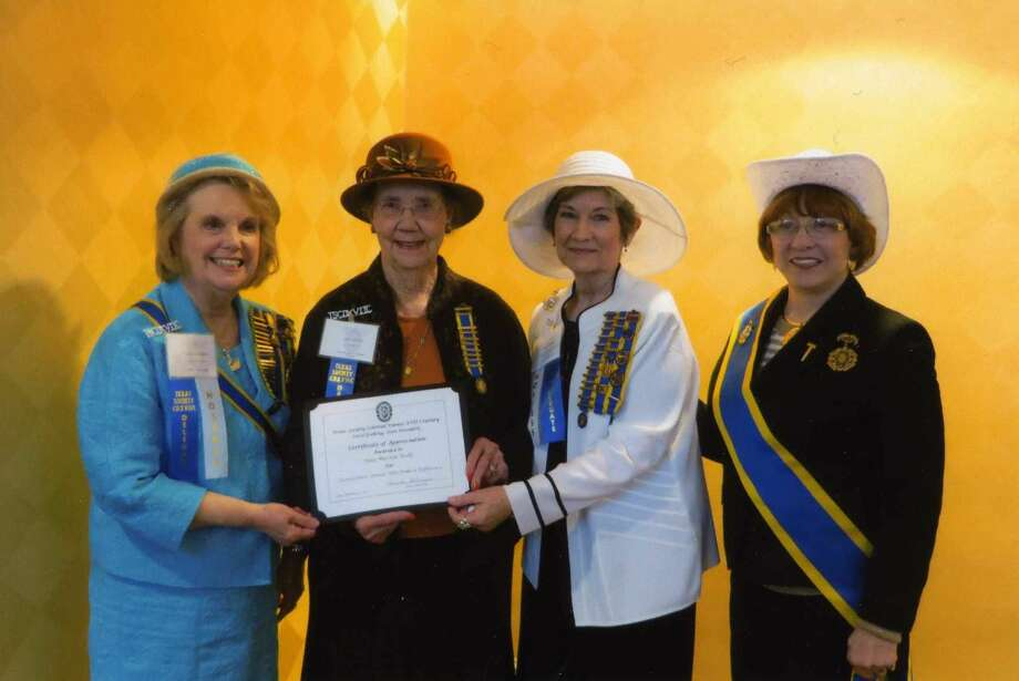 "Barbara Glodt/Colonial DamesJune Wells of Plainview (second from left) was named a Dame Who Has Made a Difference on Feb. 27 at the State Conference of the Colonial Dames of the XVII Century in Houston. A member of the Kerenhappuch Norman Chapter of the Colonial Dames of the XVII Century, Wells was honored with a luncheon which highlighted her contributions to genealogical societies and community service. Paula Warren (third from left), state community outreach chairman, made the presentation. Also on hand were Colonial Dames State President Carol Goeking (left) and National President General ""Fran"" Davis (right). Also attending the conference from Plainview was Barbara Glodt, chapter president."