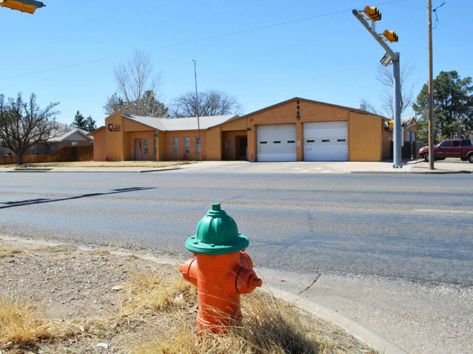 Doug McDonough/Plainview HeraldThis fire hydrant at 10th and Quincy, across the street from the fire station, will be among more than 700 plugs tested and flushed during the next six weeks. The green top indicates that this hydrant should flow at least 1,000 gallons of water per minute.